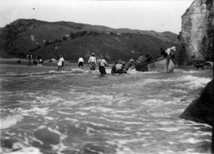 Loading wool at the mouth of the Aropaoanui River