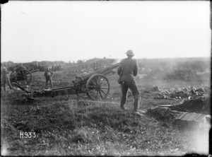 New Zealanders fire a captured German 4.2 gun, World War I