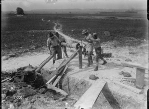 New Zealand artillerymen building a gun emplacement at Beaussart, France, during World War I