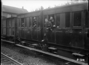 World War I New Zealand troops on the leave train