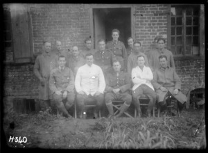 Officers and staff of the New Zealand dental hospital in Nielles, France