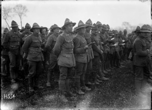New Zealand soldiers singing at a church parade, Louvencourt