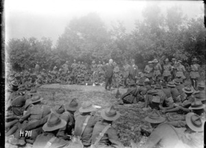 William Massey addressing New Zealand troops in the field during World War I, Louvencourt