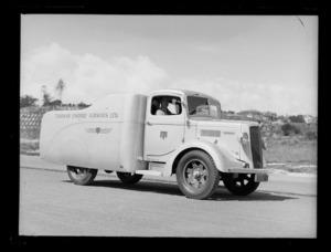 Tasman Empire Airways Ltd service vehicle