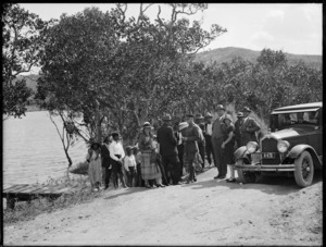 Sir Charles Fergusson on motor tour in Northland