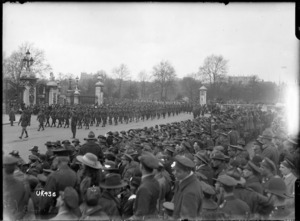 A battalion of New Zealand troops marches past Buckingham Palace, London