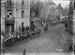 New Zealand Division leaving Solesmes, France, after the armistice ending World War l