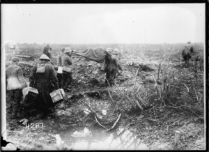 German prisoners bringing in the wounded, Spice Farm