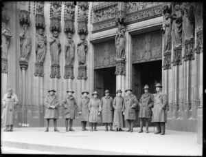 New Zealanders at Cologne Cathedral, Germany