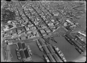 Aerial view of Auckland City and wharves