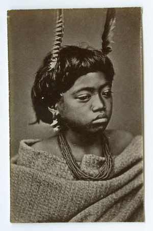American Photo Company (Auckland) fl 1870s : [Unidentified Maori child]
