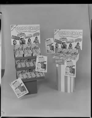Combo snack display stand