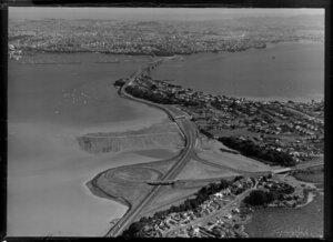 Harbour bridge, approach road, Auckland