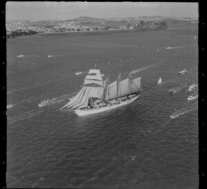 Sailing ship Esmeralda, Auckland harbour