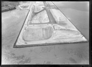 Construction of airport runway, Mangere, Auckland