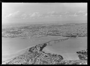 Auckland City with harbour bridge, from above North Shore