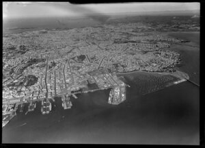 Auckland City and the Waitemata Harbour