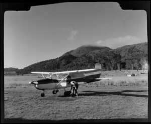 Cessna airplane at Taupo Aero Club