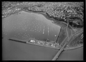 Auckland City and wharves