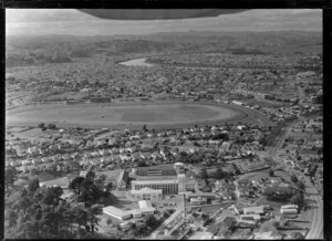 Wanganui city, including racecourse and river