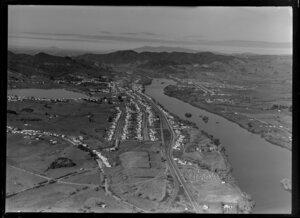 Huntly, with Waikato River