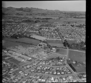 Ilam, Christchurch, showing the University of Canterbury, with the Faculty of Science buildings under construction