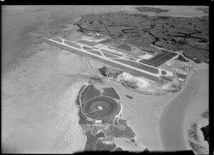 Auckland airport under construction, Mangere