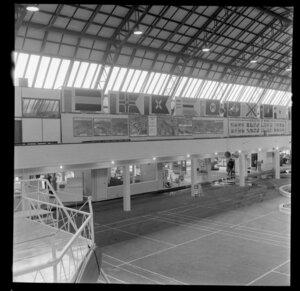 Auckland Star and Whites Aviation display, Waikato Trade Fair, Hamilton
