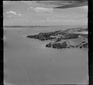 Coastline [near Cowes Bay?], Waiheke Island, Hauraki Gulf, Auckland Region
