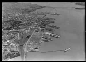 Auckland Harbour quays and Quay Street