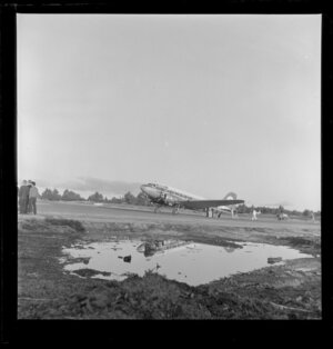 Viewmaster aeroplane, Taupo Aerodrome test, South Pacific Airlines of New Zealand (SPANZ)