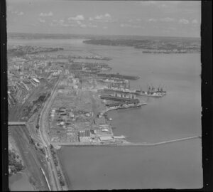 Auckland wharves, Auckland City