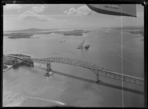 Auckland Harbour Bridge extensions under construction