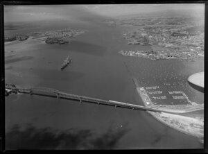Construction of Auckland Harbour Bridge extensions