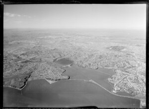Auckland, general view at high altitude