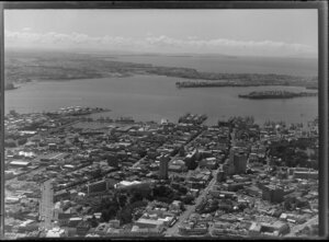 Auckland city and harbour