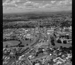 Hamilton, with Seddon Park on left, Jubilee Park in the distance