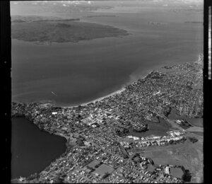 Auckland City and Waitemata Harbour, including Rangitoto Island