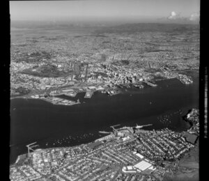 Auckland City, North Shore and Waitemata Harbour