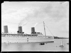 The passenger ship Empress of Britain on Waitemata Harbour, Auckland
