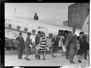 National Airways Corporation, passengers disembarking from aircraft, Mangere, Auckland