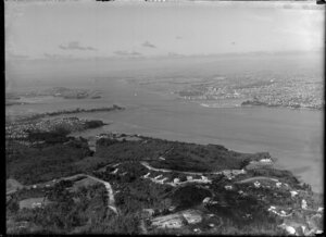 Auckland, general view including Kauri Point