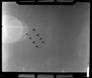 Royal New Zealand Air Command RAC Pageant at Mangere, de Havilland Mosquito aircraft flying in formation