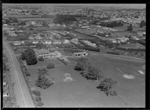 The Grange golf links [including clubrooms?], Otahuhu, Auckland