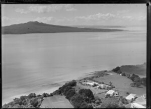 Takapuna, North Shore City, Auckland, featuring Waitemata Harbour and Rangitoto Island