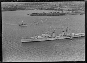 HMNZS Bellona, 100th Anniversary Day regatta, Auckland Harbour