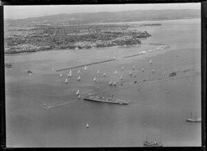 HMNZS Bellona at the 100th Anniversary Day regatta, Auckland Harbour