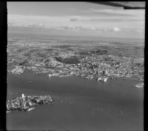 Auckland harbour and wharves