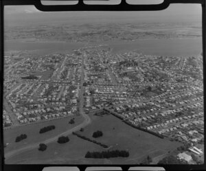 Onehunga, with Cornwall Park in the foreground, Auckland