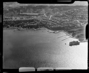 Evans Bay Parade and Hataitai, Wellington, including coastline
